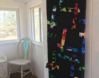 Modern quilt, throw quilt, black quilt, Mother's Day gift, handmade quilt, made in Canada