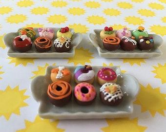 1 Tray of Miniature Donuts/Dollhouse/Clay/Mini Food