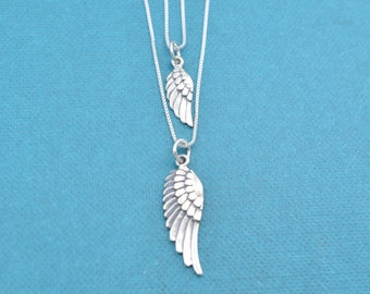 Mother Daughter Necklace Set.  Ange Wing necklace set.  Sterling silver necklace sets. Mother Daughter.  Angel wing necklace.