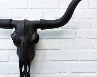 ANY COLOR or BLACK Faux Longhorn Skull Wall Mount / Bull Skull / Cow Skull // Faux Taxidermy // Western Decor // Animal Skull Decor // Texas