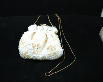 Vintage Carla Marchi White Beaded and Sequin Purse Yellow Floral Pattern     01105
