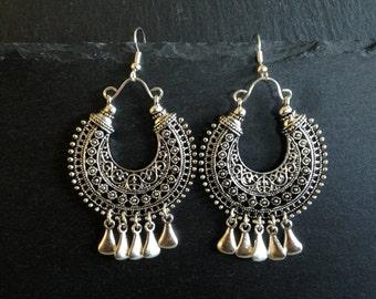 Ethnic earrings • Tassels • Bohemian earrings • Tribal earrings •  Gypsy earrings • Silver dangle earrings