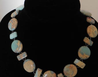 Aqua terra onyx stones are a fabulous color combination with lacy designs