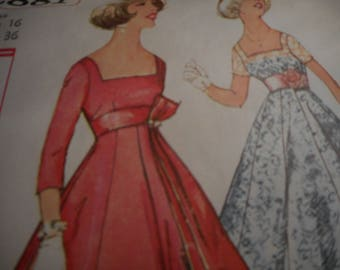 Vintage 1950's Simplicity 2881 Dress Sewing Pattern Size 16 Bust 36