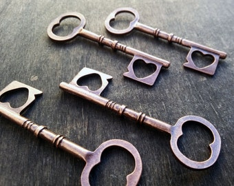 """Skeleton Keys Steampunk Skeleton Keys Heart Shape Skeleton Keys Antiqued Copper 25 pieces 65mm/2.5"""" Vintage Wedding Skeleton Keys Bulk Lot"""