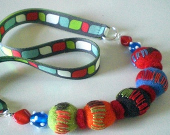 HAND EMBROIDERED WOOL FELT BALL NECKLACE IN BRIGHT TONES