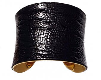 Black Ostrich Leather Cuff Bracelet, leather cuff, bangle bracelet, leather bracelet - by UNEARTHED