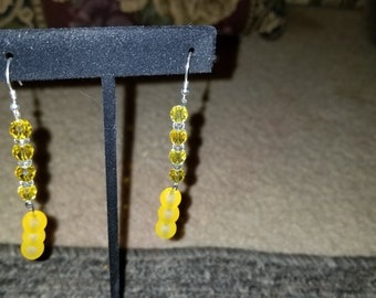 Yellow and clear earing
