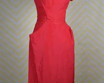 1950s red taffeta sweetheart neckline wiggle dress