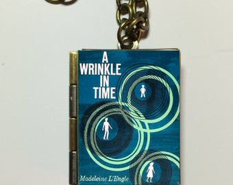 A Wrinkle in Time - Book Locket