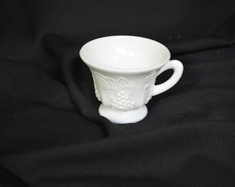 Colony Harvest Milk Glass Cup, Vintage Milk Glass Cup with Grapes