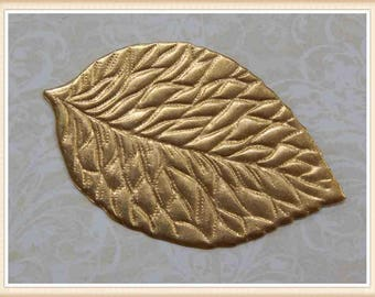 1 pc raw brass leaf stamping component embellishment ornament #4950