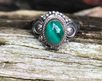 Sterling Silver Green Malachite Poison Locket Ring Sz 7