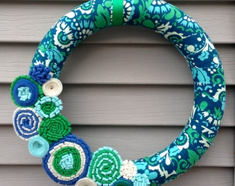 Spring Wreath - Summer Wreath - Felt Flower Wreath - Mother's Day Wreath - Fabric Wreath - Flower Wreath - Blue Wreath - Yarn Felt Wreath