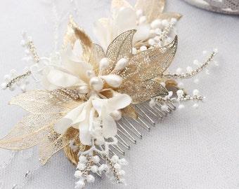 Bridal hairpiece, gold hairpiece, flower hair pin, wedding headpiece, gold wedding hair comb, gold flower bridal hair piece