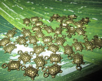 set of 5 turtles charms in antique bronze 15 * 9mm