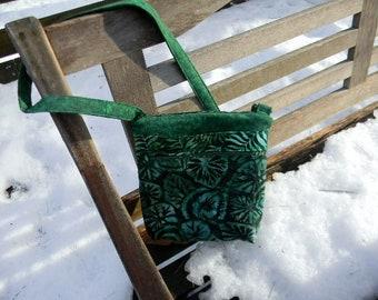 Green Batik Zipper Purse with six pockets