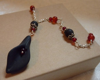 Blackstone Lily with Carnelian