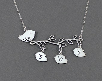 Personalized Mother Bird Necklace Family Tree Necklace Mom Jewelry Mom Bird Jewelry Initial Necklace Mothers Grandma Gift
