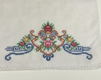 Vintage White Finger Tip Towels With Hand Embroidery Cross Stitch