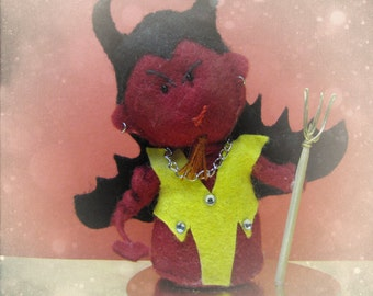 Demoniak, the little devil : Demon Figurine - felt sculpture Halloween ornament miniature - cute scary gift for decoration or cake topper