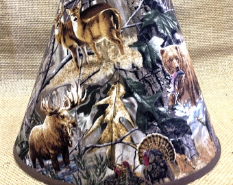 Exceptional Set Of 4 Woods Camo Deer Bear Lamp Shade