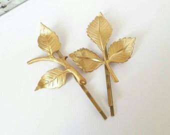 Woodland bobby pins, leaf hair pins, gold bobby pins, gold hair accessory, leaf hair clip, gold leaf hair pins, woodland wedding
