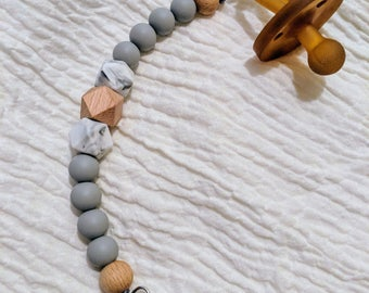 Light grey with marble pacifier clip