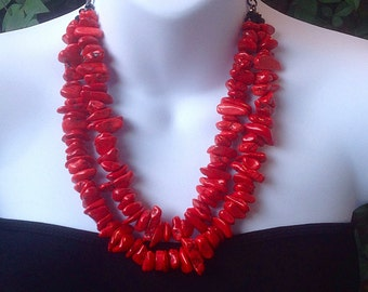 Red Turquoise Necklace. Double Strand Turquoise Necklace. Multi Strand. Chunky Red Necklace. Red turquoise chip necklace.