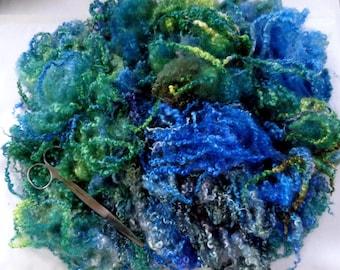 60g (31.25 Euro/100g) 2.1oz hand dyed bfl fleece, wool curls, wool locks, felting wool, doll hair, spinning fiber, blue, green, 100% wool