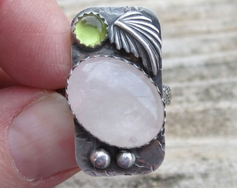 Rose Quartz and Peridot Sterling Silver Ring - Size 6 1/2