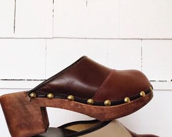 Vintage 1970's Tri-Tone Leather Wood Clogs Size 7