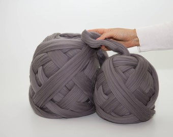 Giant Merino Wool Yarn, Arm Knitting, Chunky Yarn, Mega Bulky Yarn, Wool Yarn, Unspun Wool Roving, Extreme Merino Wool, Weaving, Mild Grey
