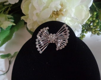 Coro Signed 3D Rhinestone Silver Rhodium Plated Brooch Pin