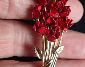 Bouquet of Roses Pin