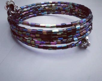 Iridescent purple bracelet, memory wire bracelet, purple wire bracelet, beaded wire bracelet, one size fits all, holiday gift ideas,