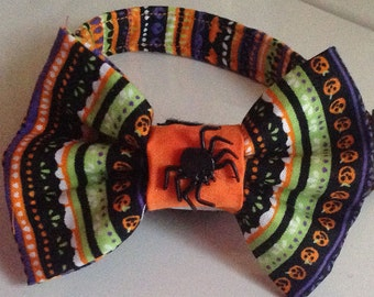 Halloween Spider Bow Tie Collar for Dogs and Cats with Pumpkins and Bats