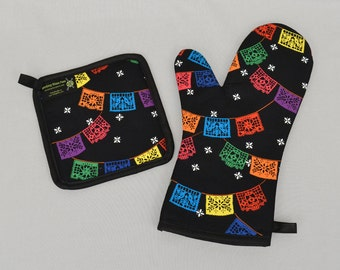 Mexican Papel Picado Banners Oven Mitt and Pot Holder, Sets and Singles, Latin Style Housewares, Folkloric Fiesta Banners