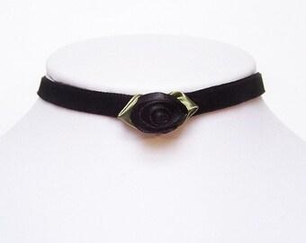 Gothic choker with a Black rose - Velvet AMELIA victorian choker