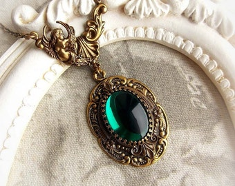 Medieval necklace with emerald jewel gothic victorian necklace renaissance baroque medieval green stone necklace bridal aged brass necklace