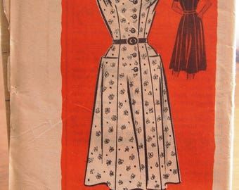 Vintage Dress with Pockets Printed Pattern 4701