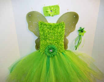 GREEN WOODLAND Fairy!, Darling fuzzy Fairy/Princess costume fits sizes 3 to 8,  includes headband, wings and wand.  Totally adorable!.