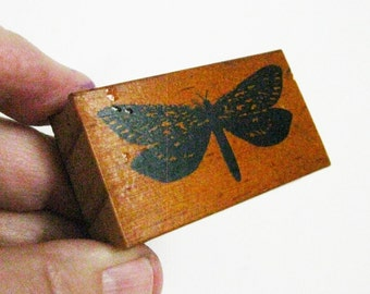 Butterfly Papercraft Stamp Hand Carved Rubber Stamp Nature Art and Craft Supply Scapbooking Cardmaking Altered Bookmaking Stamp Art