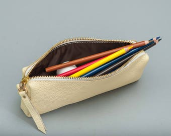 Personalized leather cosmetic pouch leather cosmetic bag cosmetic bag leather pouch make up bag leather make up zipper pouch gift for her l