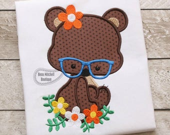 Bear flower glasses applique embroidery design