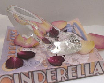 Cinderella Glass Slipper Engagement Wedding Gift Idea Silver Heart Buckle with Crystals Wedding Countdown