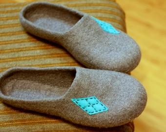 Men felted wool slippers, grey house shoes, Christmas gift for Father, men slippers, felted wool slippers, felt wool clogs, valenki