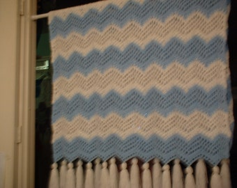 Blue and White Ripple Afghan -107