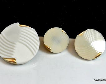 White and Gold Vintage Buttons Mix Size Lot of 23 Buttons White Plastic with Gold Metal Backs Shank Buttons Sewing Supply