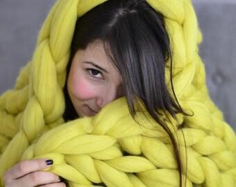FREE SHIPPING. Chunky knit Blanket. Knitted blanket. Merino Wool Blanket. Bulky Blanket. Extreme Knitting.Super chunky blanket